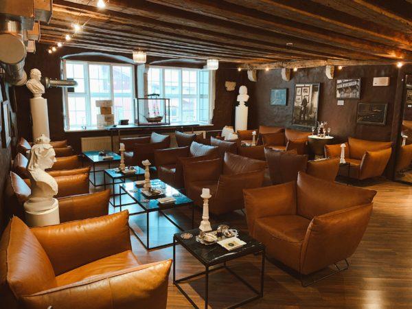 Casdagli Cigar Lounge