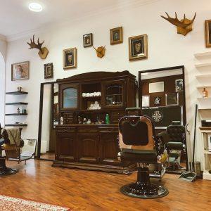 D'Boiss Bespoke Club barbershop
