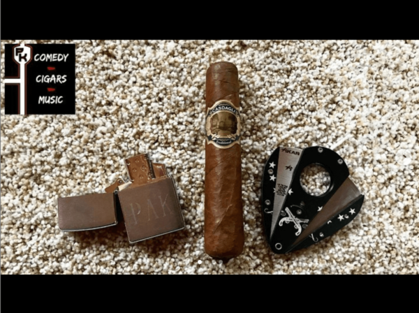 Cotton-Tail-Phil-Kurut-Cigar-Review
